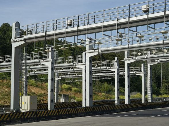 Highway Jewelry Structural Steel Analysis Projects